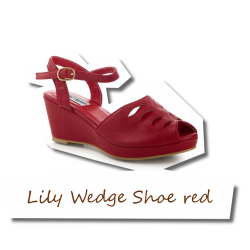 Lily Wedge Shoe red